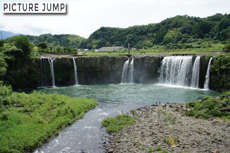 原尻の滝は日本で見ることのできるナイアガラの滝
