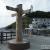 静岡最南端の岬は御前崎。高台に建てられた灯台から海岸線を見下ろす