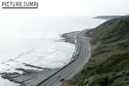 御前崎灯台上から見下ろす海岸線