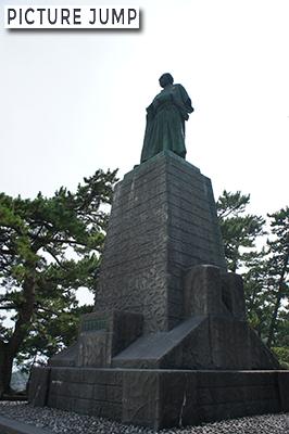 桂浜 坂本竜馬像
