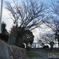 走行中の新幹線が真下を通過する!山陽新幹線記念公園