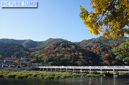 嵐山・渡月橋の紅葉写真