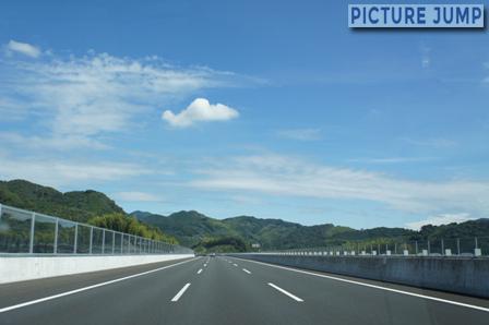 新東名高速 3車線区間